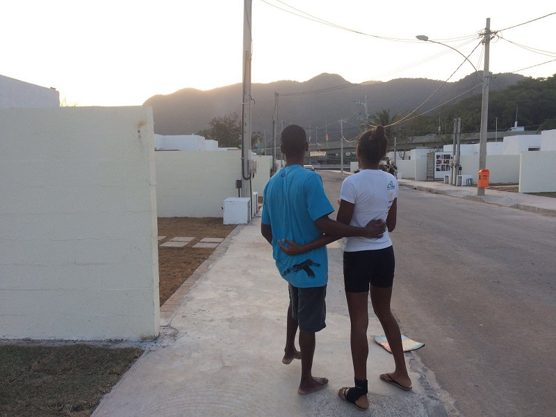 Families begin 'new' life in Rio's Vila Autodromo